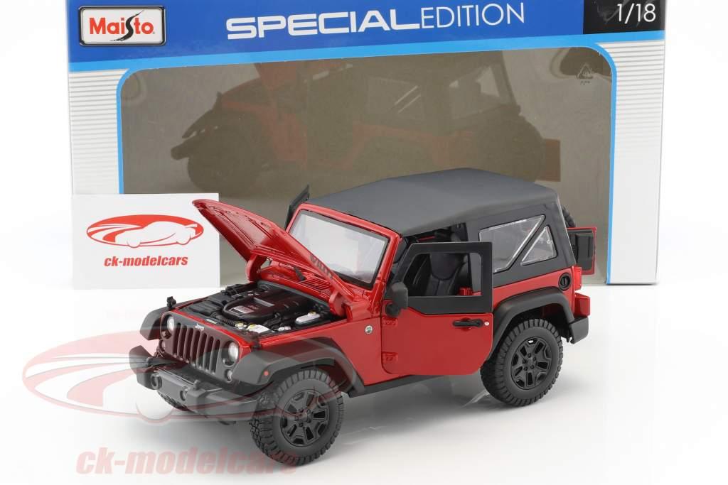 Jeep Wrangler Willys year 2014 red / black 1:18 Maisto