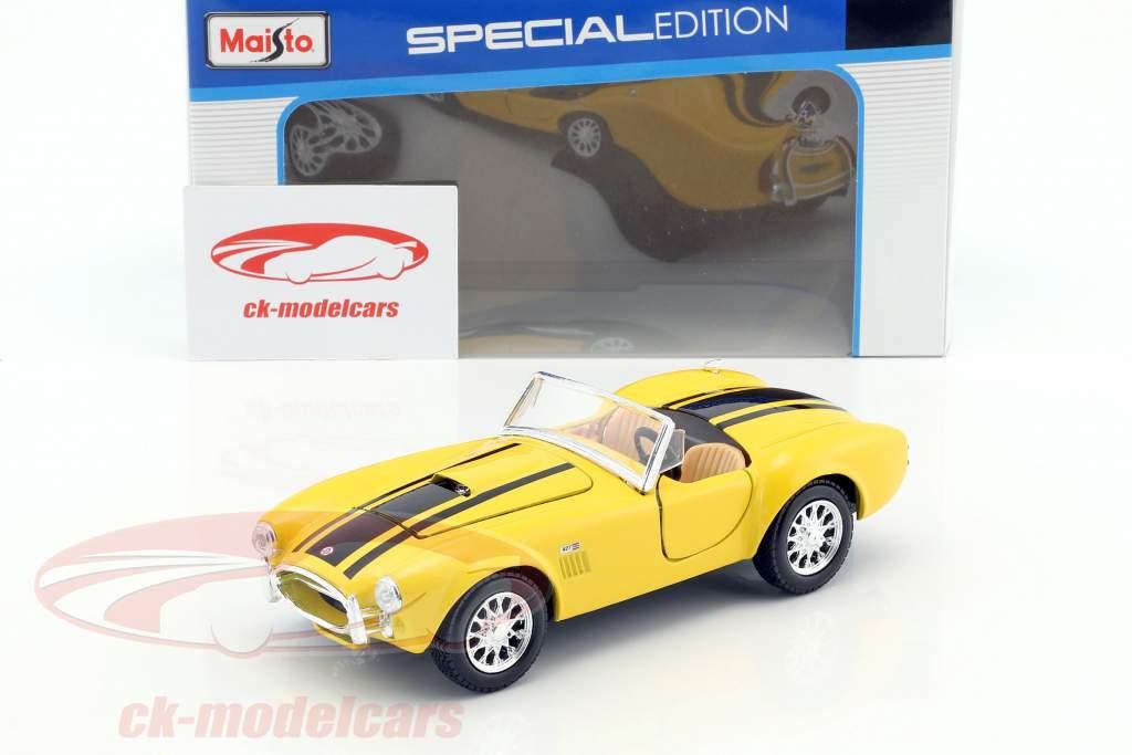 Shelby Cobra 427 Baujahr 1965 gelb / schwarz 1:24 Maisto