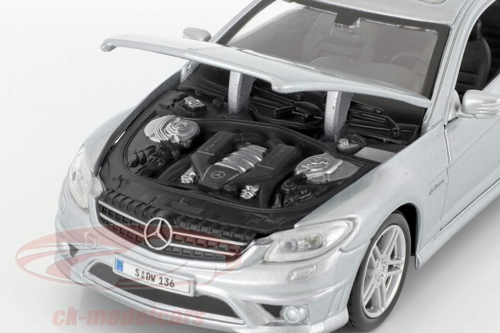 Mercedes-Benz CL 63 AMG silver 1:24 Maisto