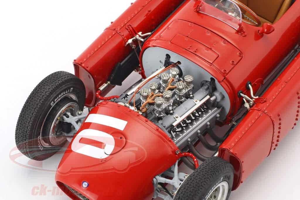 Lancia D50 #10 2nd Pau GP formula 1 1955 Eugenio Castellotti 1:18 CMC