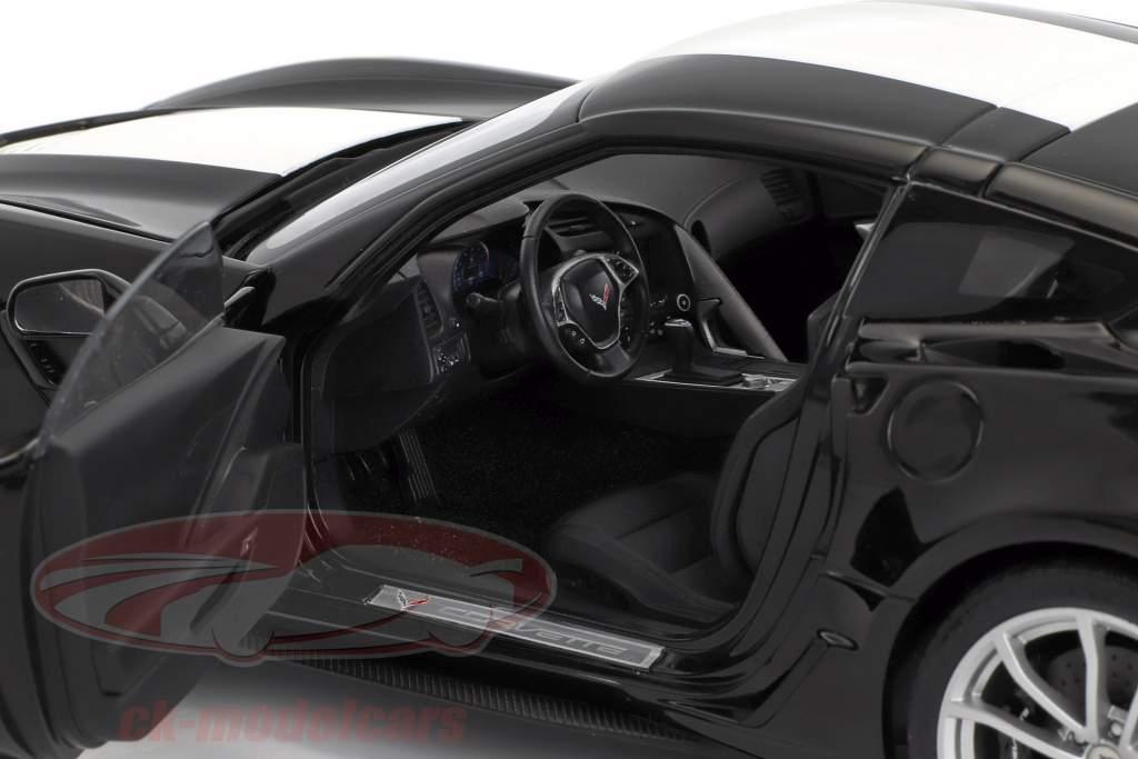 Chevrolet Corvette C7 Grand Sport year 2017 black with white stripes 1:18 AUTOart