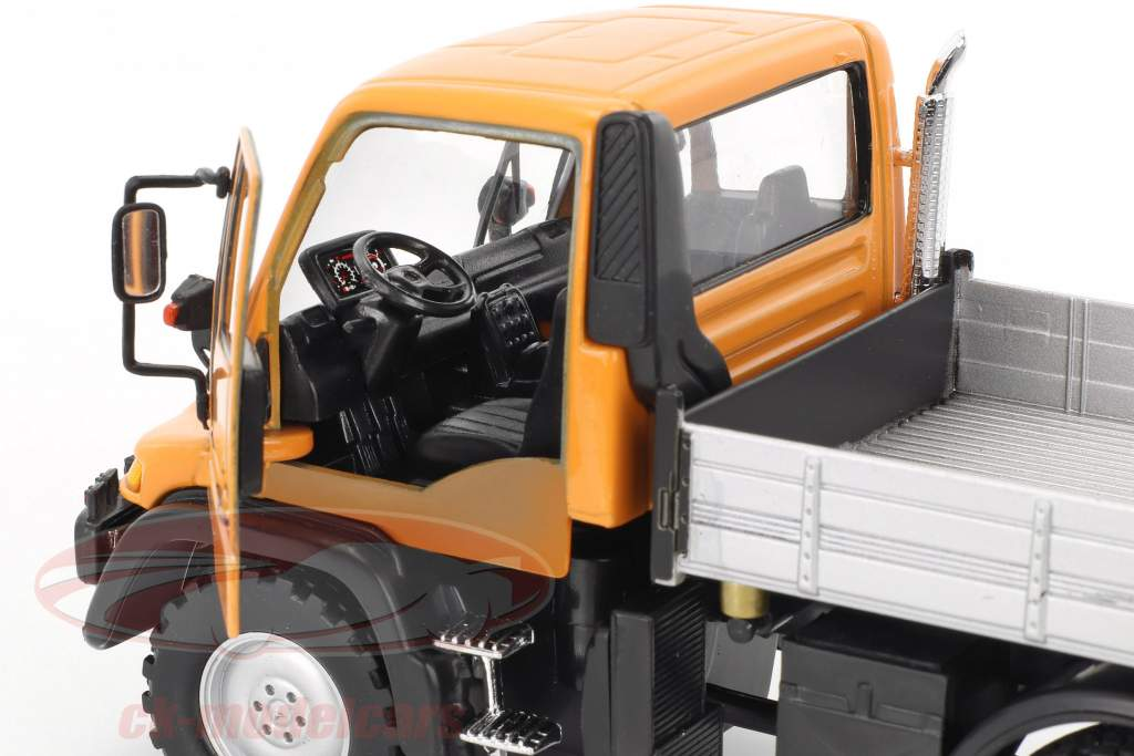 Mercedes-Benz Unimog arancione / grigio / nero 1:32 Welly