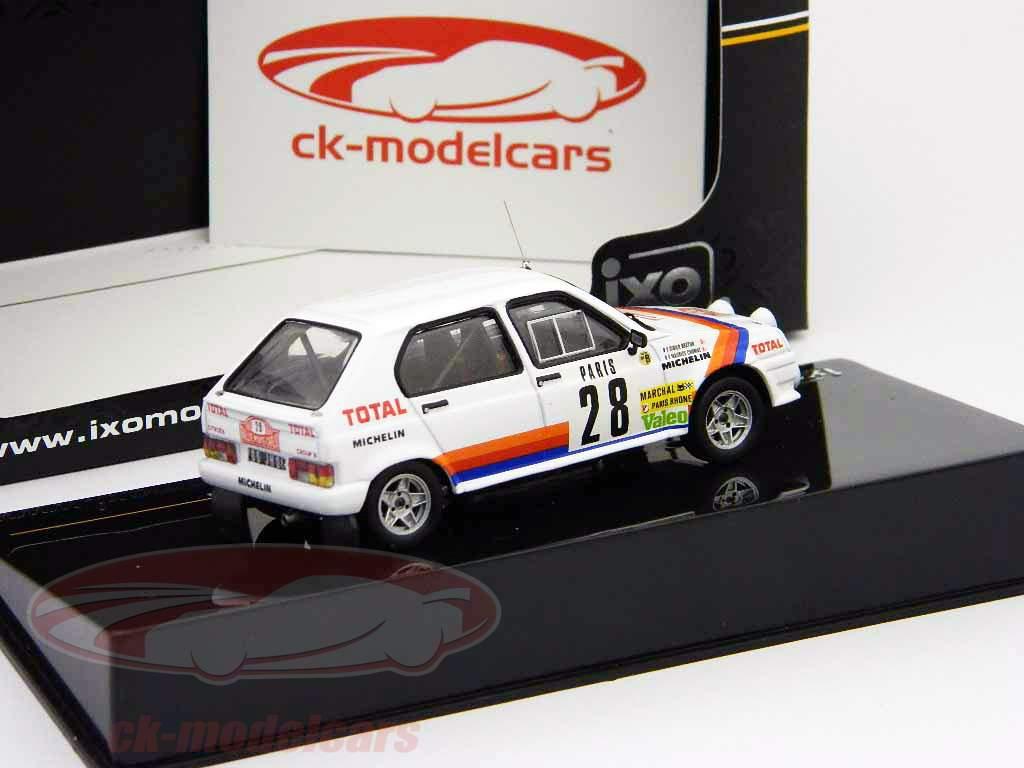 Citroen Visa Chrono N° 28 Chomat, Breton Rallye Monte-Carlo 1983 1:43 Ixo