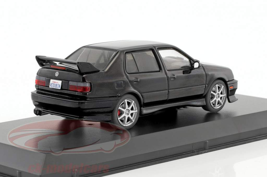 Volkswagen VW Jetta A3 Baujahr 1995 schwarz 1:43 Greenlight