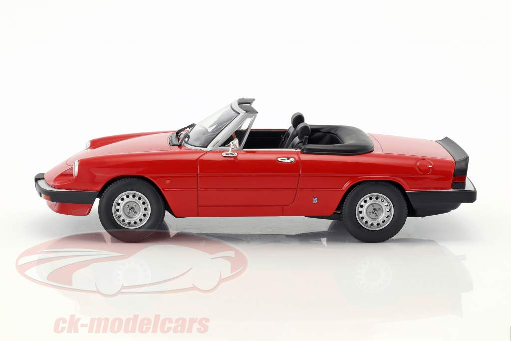 Alfa Romeo Spider 3 Serie 1 with removable softtop year 1983 red 1:18 KK-Scale
