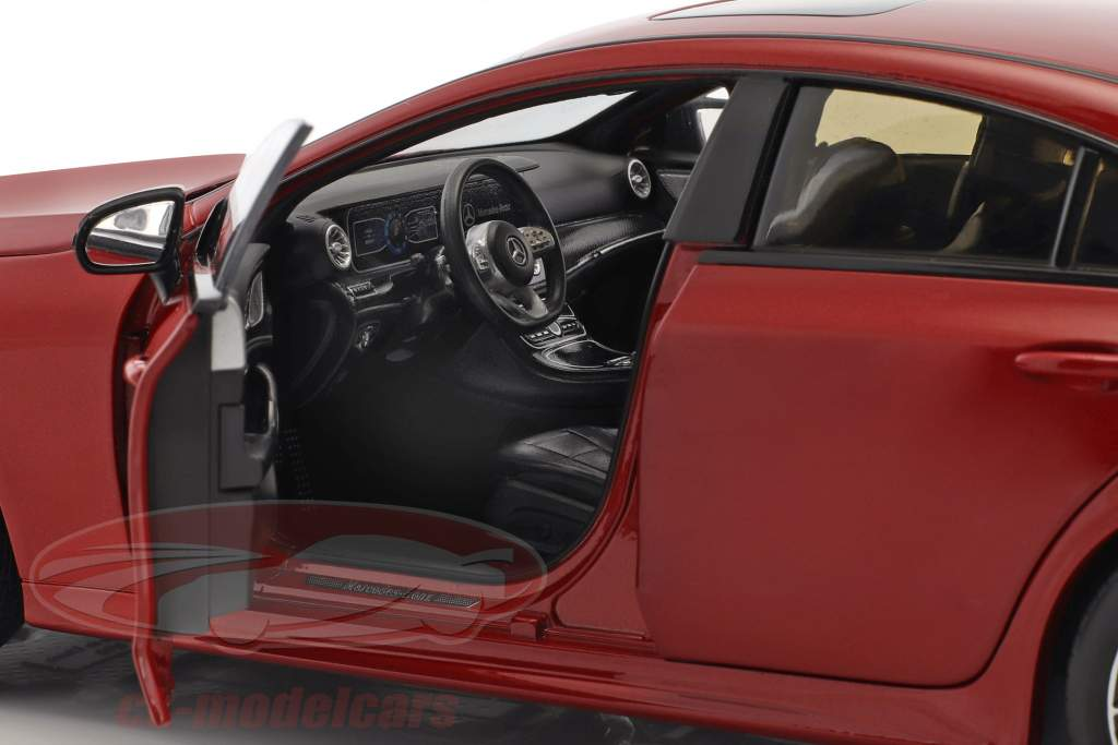 Mercedes-Benz CLS-Class Coupe C257 designo hyazinthrot metallic 1:18 Norev