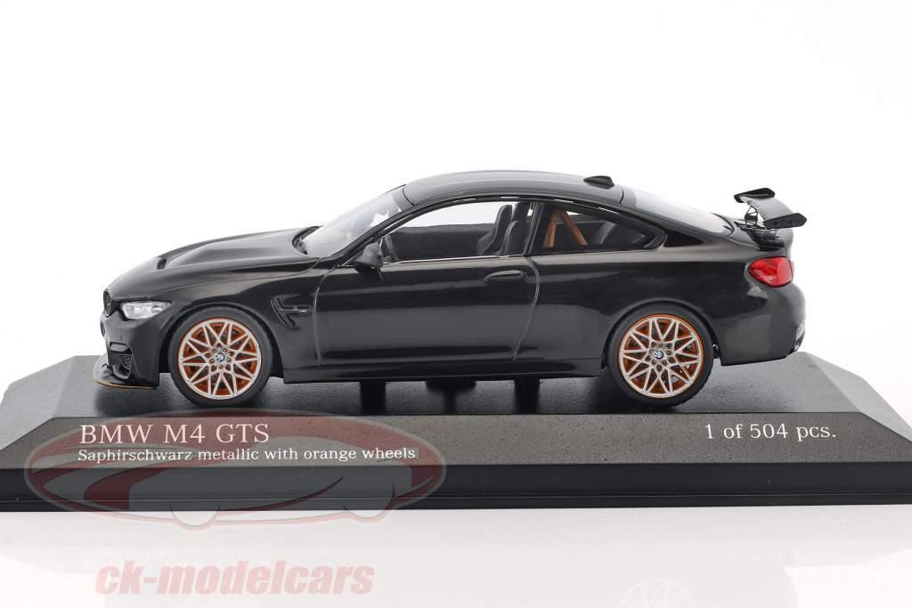 BMW M4 GTS Baujahr 2016 saphirschwarz metallic mit orangefarbenen Rädern 1:43 Minichamps