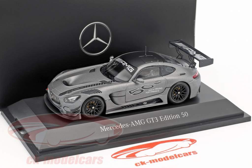 Mercedes-Benz AMG GT3 editie 50 jaar grijs metalen 1:43 Minichamps