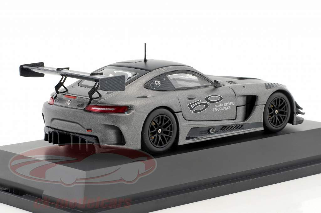 Mercedes-Benz AMG GT3 Edition 50 Jahre grau metallic 1:43 Minichamps