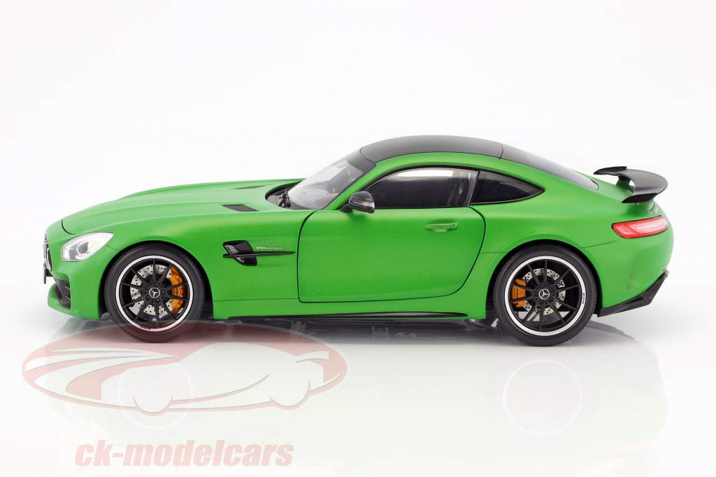 Mercedes-Benz AMG GT R Coupe mat green 1:18 Norev