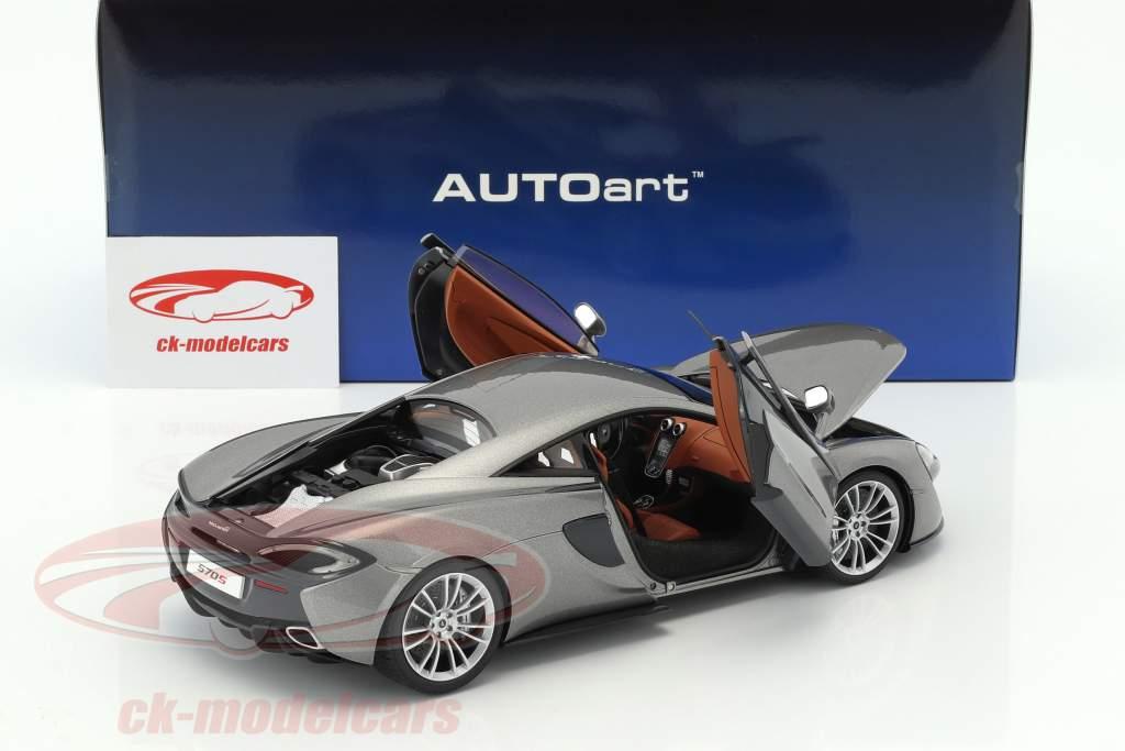 McLaren 570S année de construction 2016 argent 1:18 AUTOart