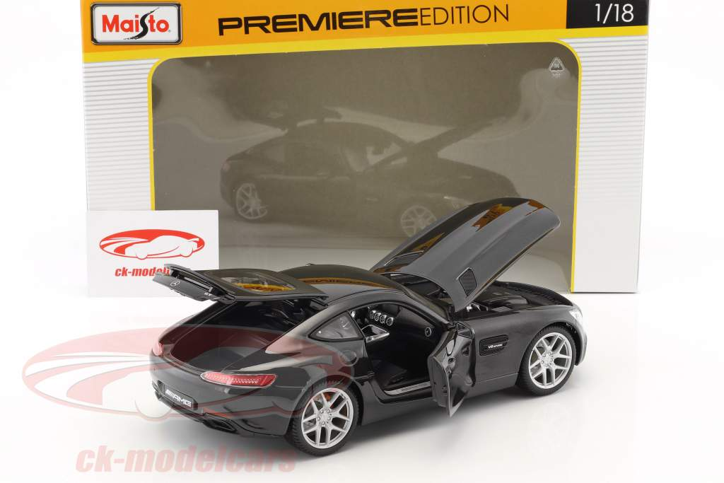 Mercedes-Benz AMG GT noir 1:18 Maisto