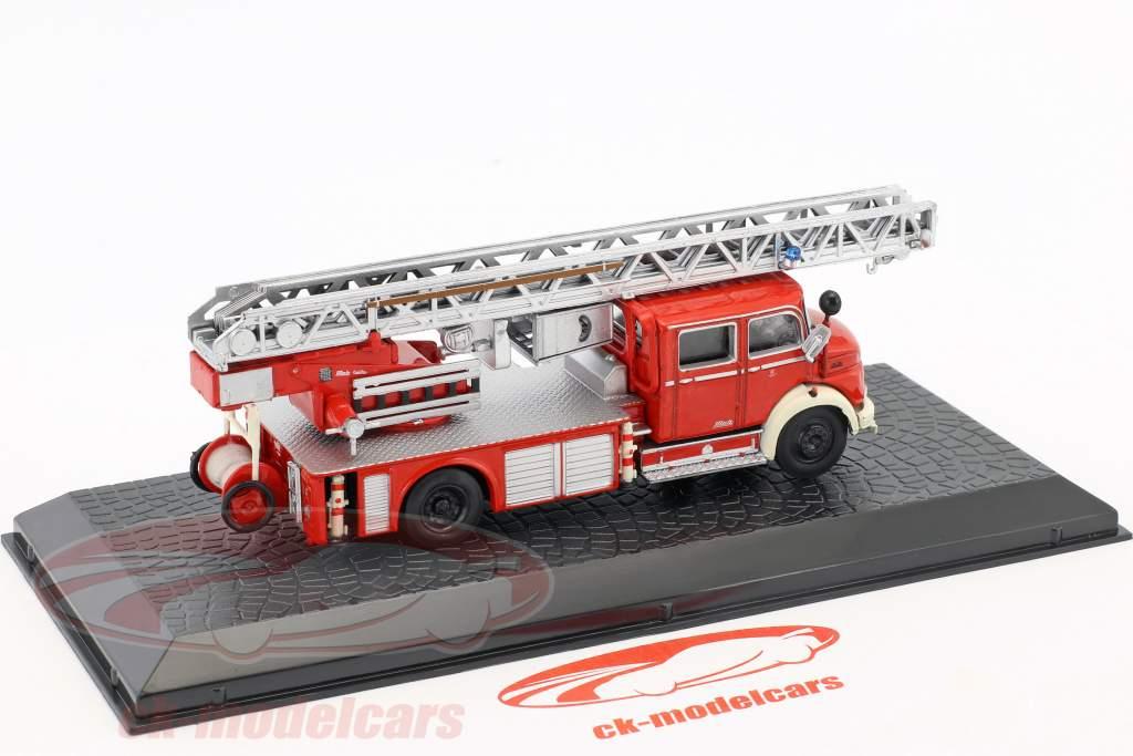 Mercedes-Benz L1519 Metz DLK30 pompiers 1:72 Altaya