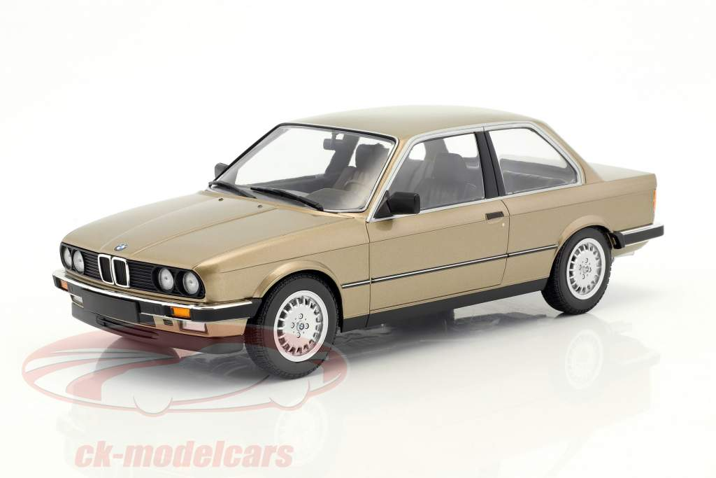 BMW 323i year 1982 brown metallic 1:18 Minichamps