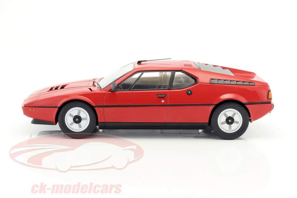 BMW M1 (E26) Street Bouwjaar 1978 rood 1:12 KK-Scale
