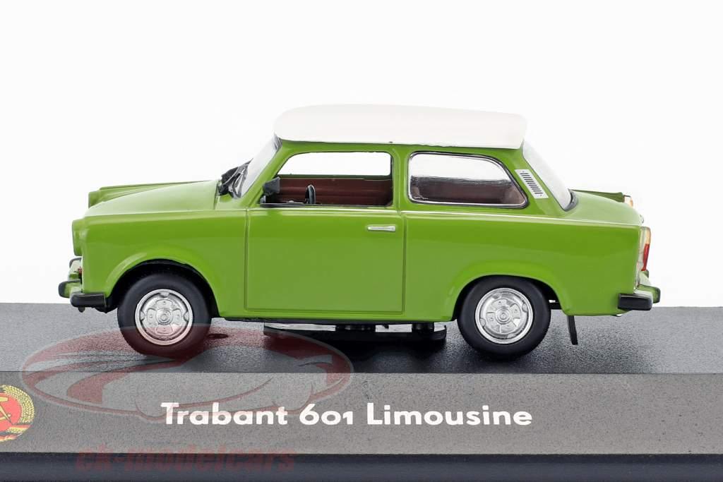 Trabant 601 sedán verde / blanco 1:43 Atlas