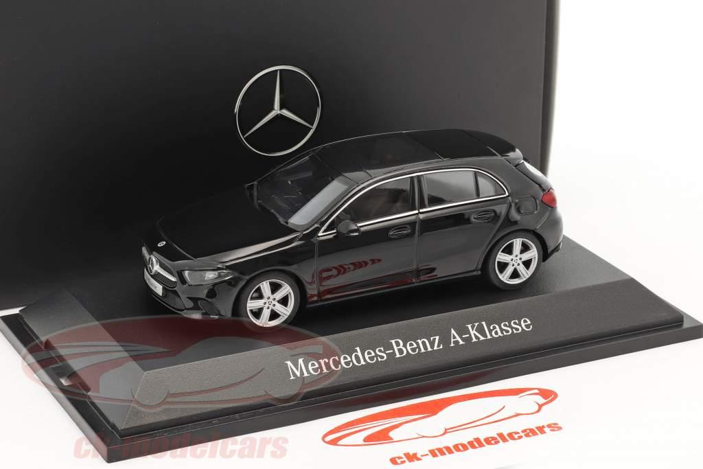 Mercedes-Benz A-Class cosmo nero metallico 1:43 Herpa