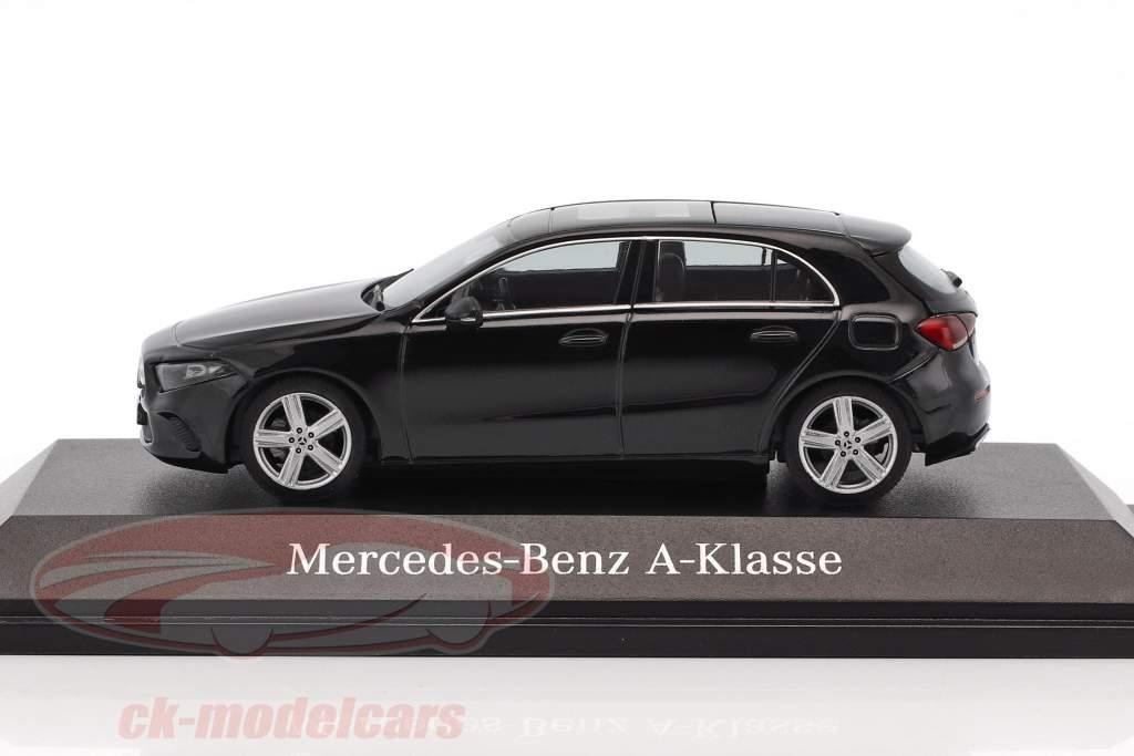 Mercedes-Benz A-Class cosmos black metallic 1:43 Herpa