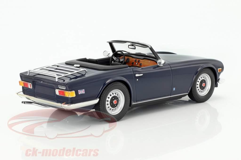 Triumph TR6 LHD anno di costruzione 1973 blu scuro 1:18 Minichamps