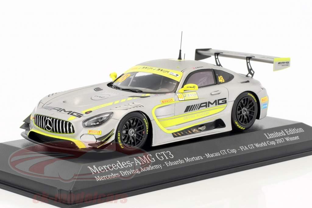 Mercedes-Benz AMG GT3 #48 vincitore FIA GT World Cup Macau 2017 Edoardo Mortara 1:43 Minichamps