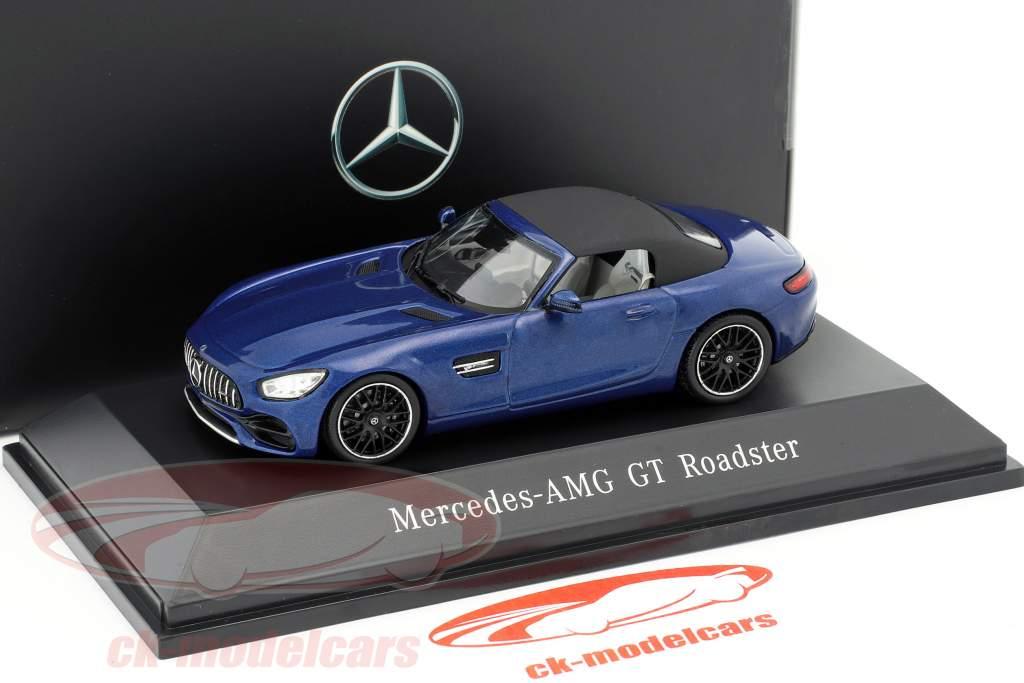 Mercedes-Benz AMG GT Roadster Opførselsår 2017 strålende blå metallisk 1:43 Spark
