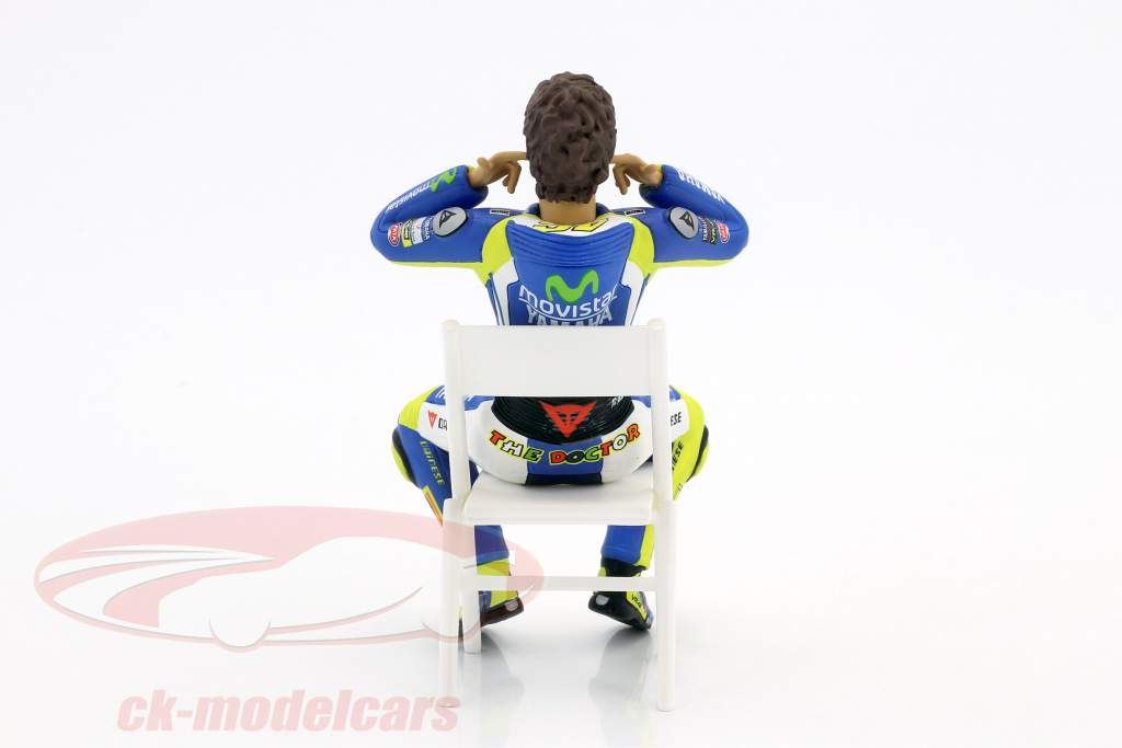 Valentino Rossi figure vérification la oreille bouchons MotoGP 2014 1:12 Minichamps