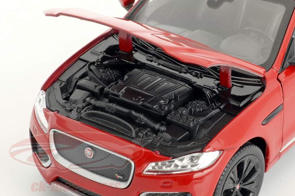 Jaguar F-Pace año de construcción 2016 rojo 1:24 Welly