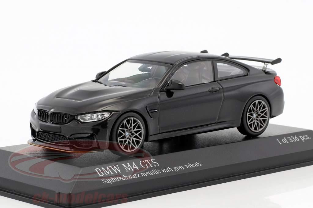 BMW M4 GTS Baujahr 2016 schwarz metallic mit grauen Rädern 1:43 Minichamps