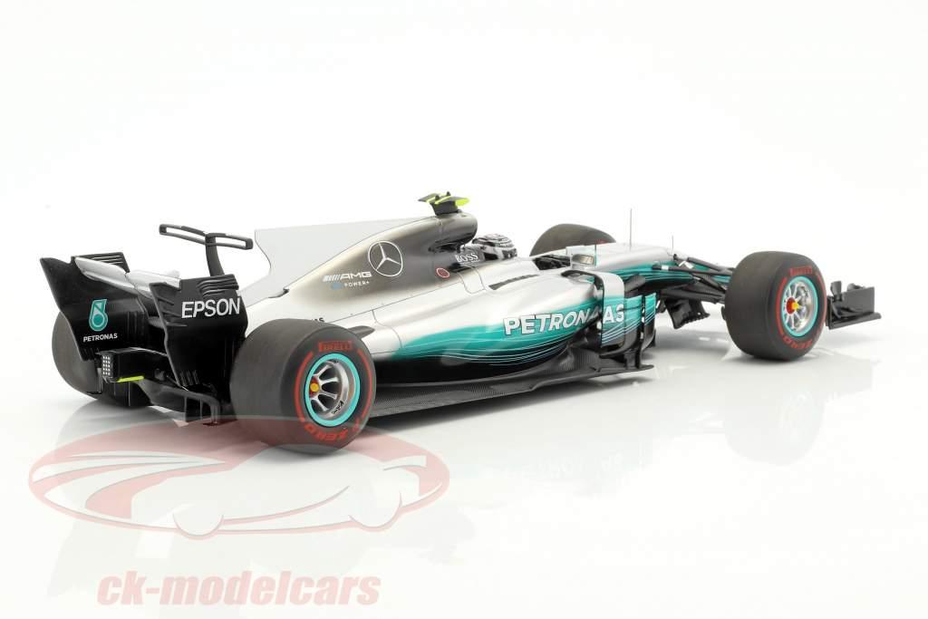 Valtteri Bottas Mercedes F1 W08 EQ Power  #77 gagnant Russian GP Formel 1 2017 1:18 étincelle