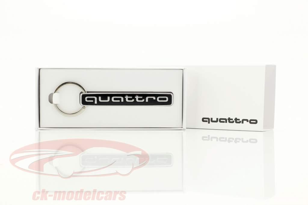 Schlüsselanhänger Audi quattro silber / schwarz