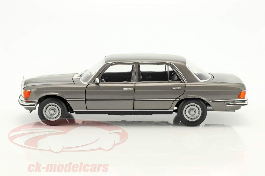 Mercedes-Benz 450 SEL 6.9 (W116) Baujahr 1976-1980 anthrazitgrau metallic 1:18 Norev