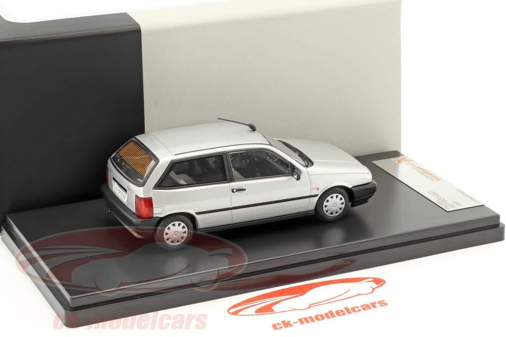 Fiat Tipo 3 puertas año 1995 plata 1:43 Premium X