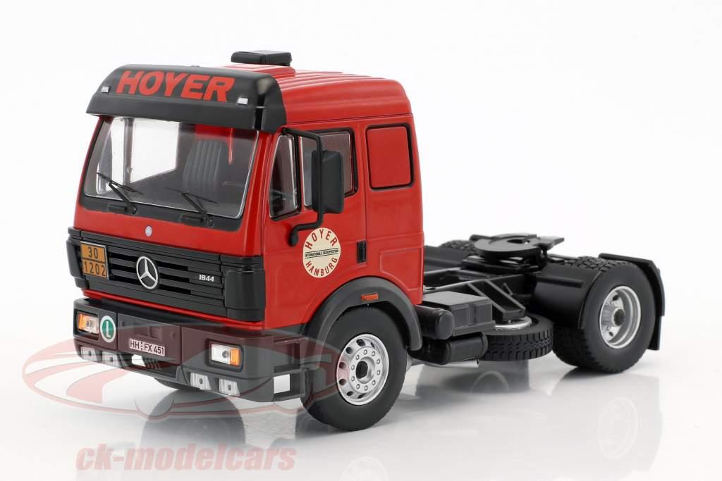 Mercedes-Benz SK 1844 Tanksilozug Hoyer Baujahr 1994 rot / silber 1:43 Ixo