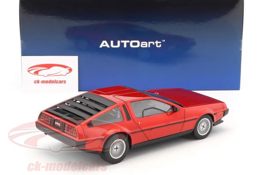 De Lorean DMC-12 année de construction 1981 rouge métallique 1:18 AUTOart