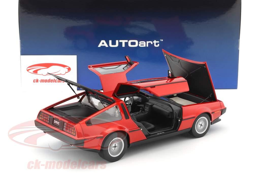 De Lorean DMC-12 año de construcción 1981 rojo metálico 1:18 AUTOart