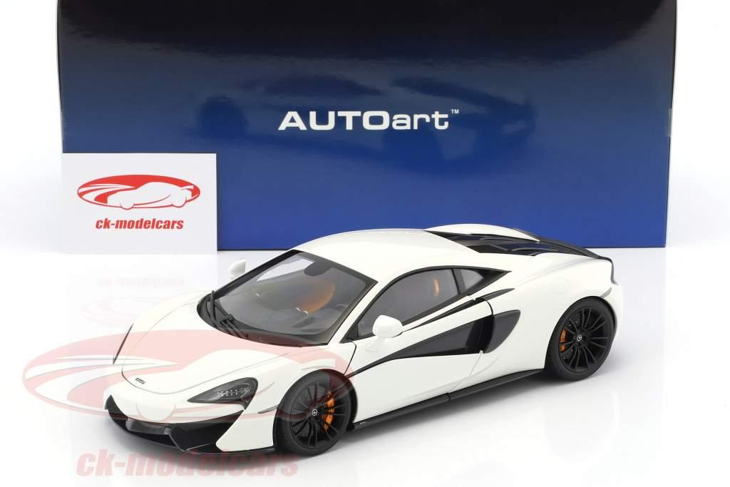 McLaren 570S Baujahr 2016 weiß mit schwarzen Rädern 1:18 AUTOart