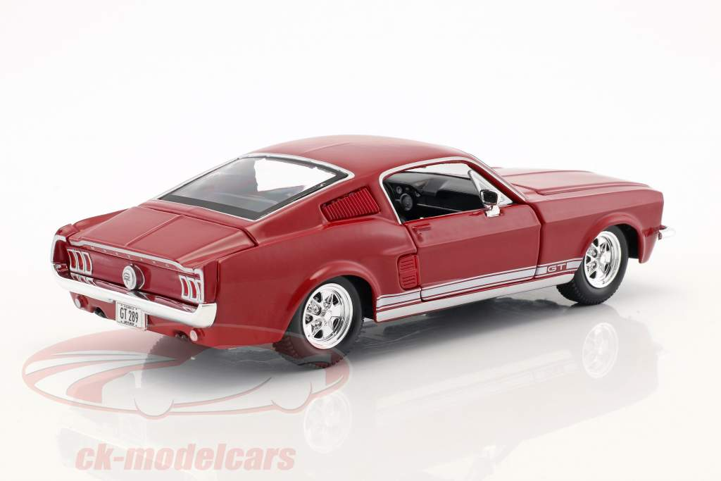 Ford Mustang GT année de construction 1967 rouge 1:24 Maisto
