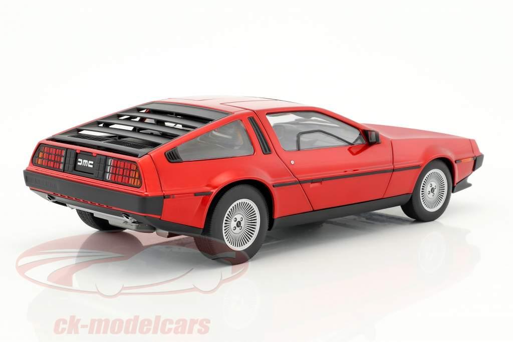 De Lorean DMC-12 Bouwjaar 1981 rood metalen 1:18 AUTOart