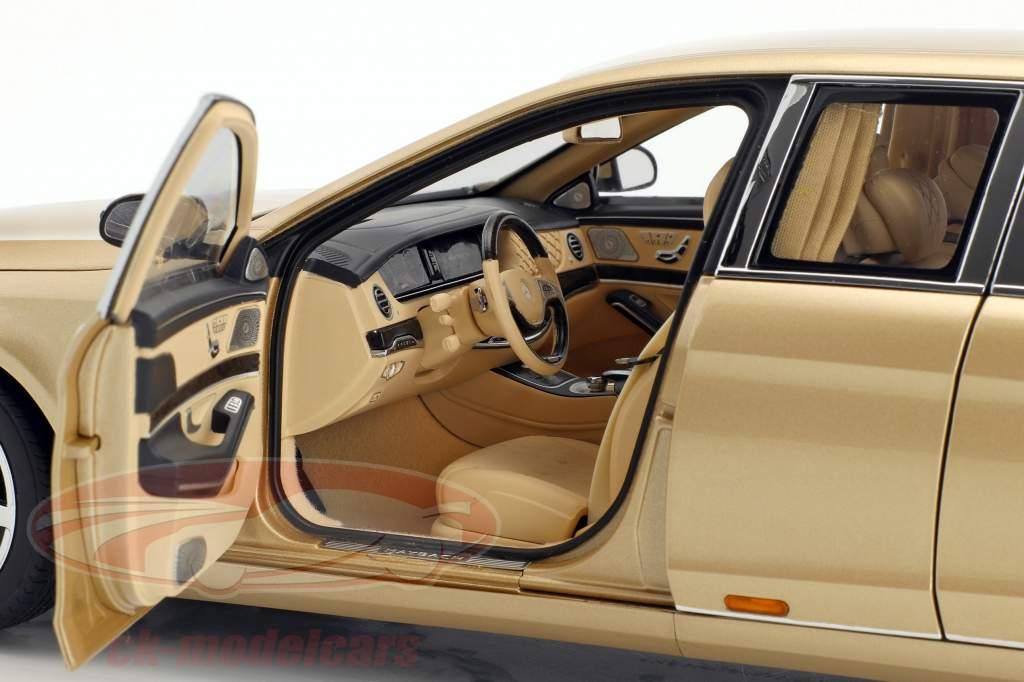 Mercedes-Benz Maybach S 600 Pullman año de construcción 2016 oro 1:18 AUTOart