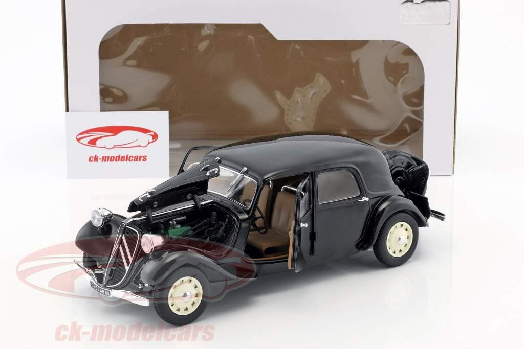 Citroen Traction 11CV Bouwjaar 1937 zwart 1:18 Solido