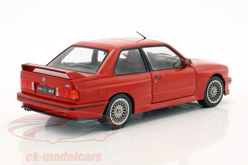 BMW M3 E30 year 1986 red 1:18 Solido