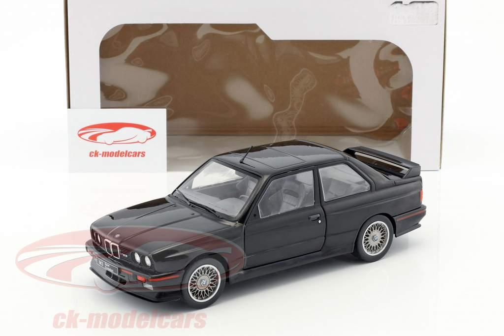 BMW M3 E30 Baujahr 1990 schwarz 1:18 Solido