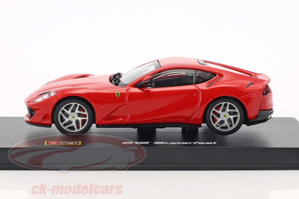 Ferrari 812 Superfast rouge 1:43 Bburago Signature