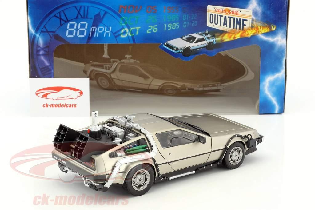 DeLorean DMC-12 Forrige i den Fremtiden Del 2 1:18 SunStar