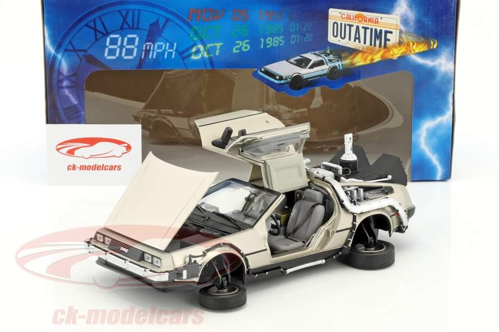 DeLorean DMC-12 Zurück in die Zukunft Teil 2 1:18 SunStar