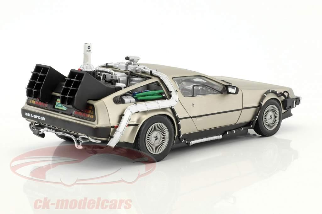 DeLorean DMC-12 Vorig in de Toekomst Deel 2 1:18 SunStar