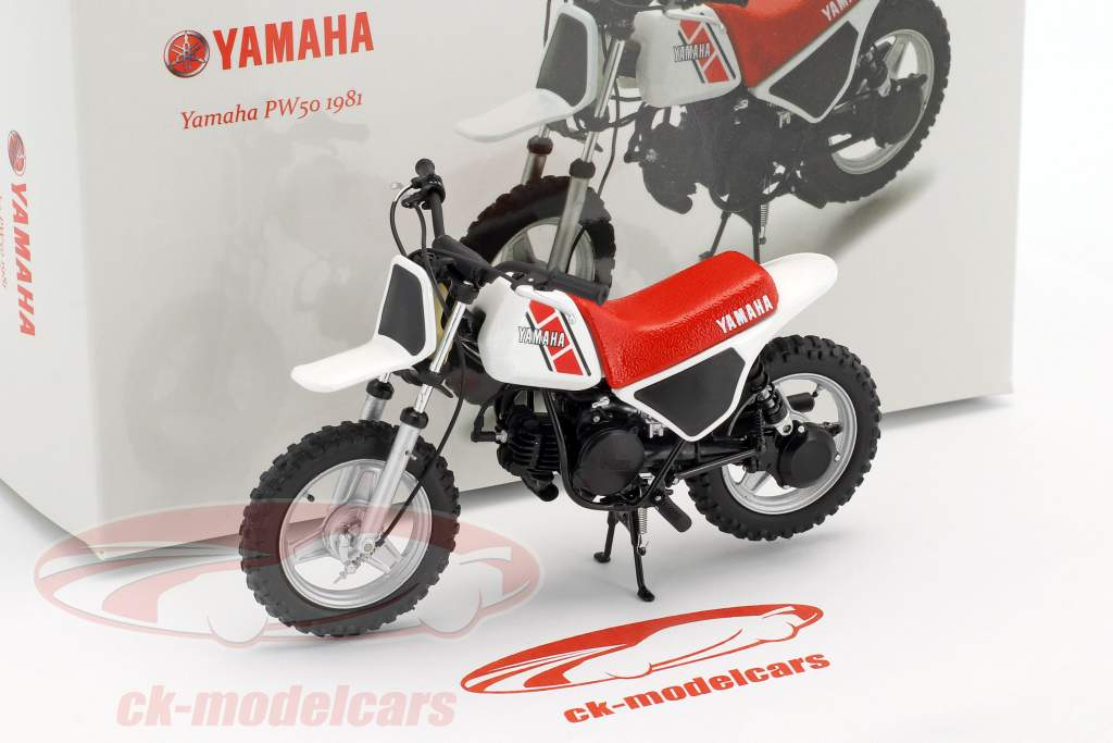 Yamaha PW 50  year 1981 white / red / black 1:12 Spark