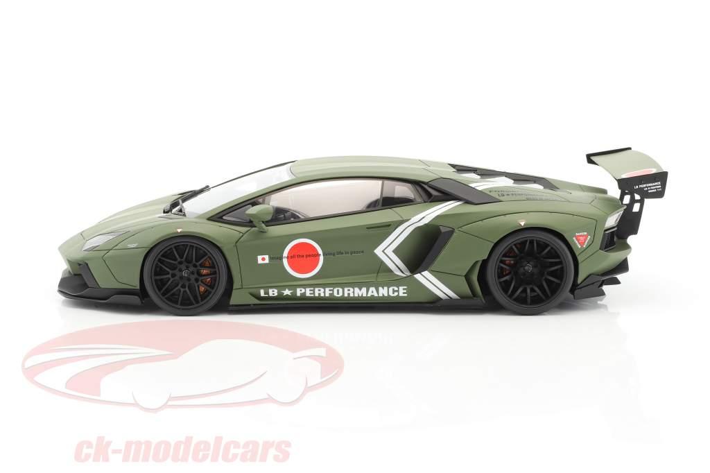 LB Lamborghini Aventador année de construction 2016 natte kaki vert 1:18 GT-Spirit