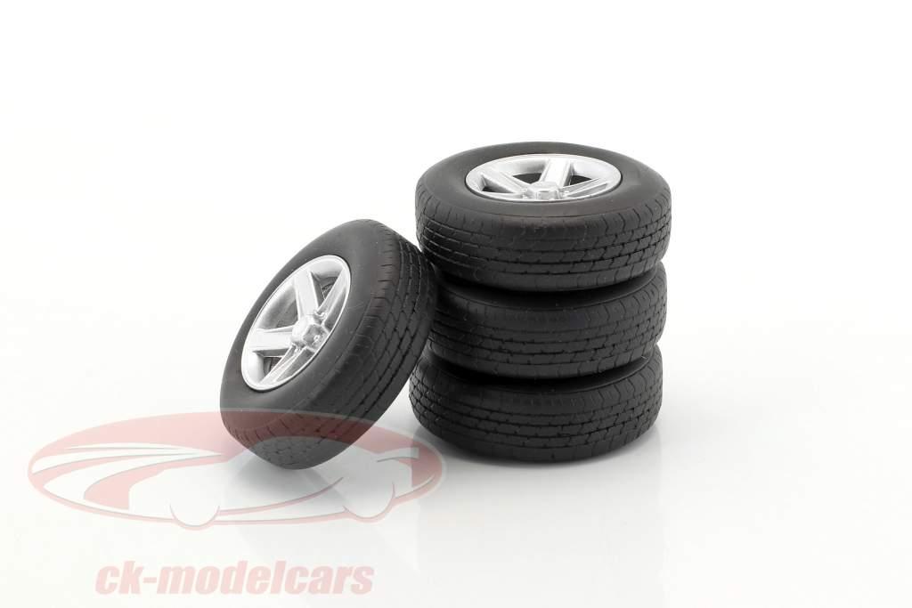 Wheel set Tuning Alloy wheels (4x) silver 1:18 Neo
