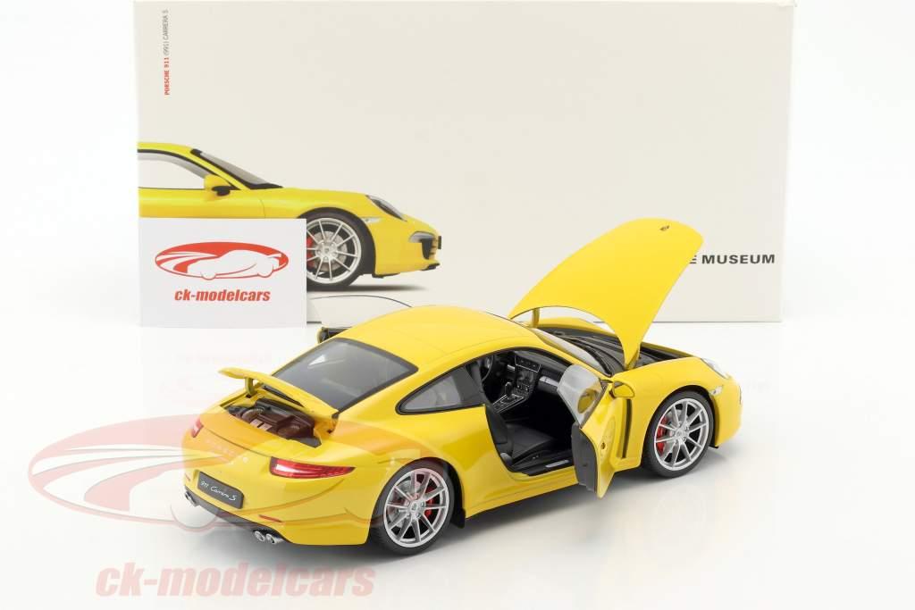 Porsche 911 (991) Carrera S Baujahr 2015 racing gelb 1:18 Welly